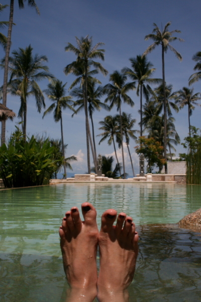 Fridas_feet_in_paradise